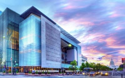 VIDEO: 'CNN Politics Campaign 2016: Like, Share, Elect' to open at the Newseum in Washington, D.C. on 15 April 2016
